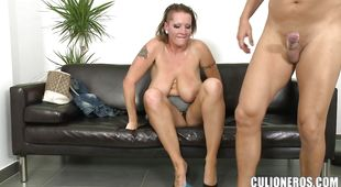 Engaging latina Laura impales her cunt on a stiff boner