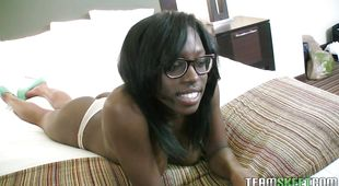 Beautiful black gal Jelly Sweets gets her yummy pie plowed hard